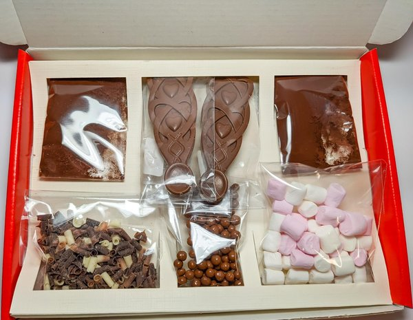 Luxury Belgian Hot Chocolate Gift Box - Welsh Lovespoon